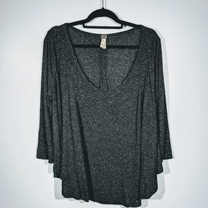 Free People Gray flowy shirt. Size Large